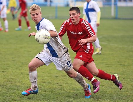 soccer-263716-640
